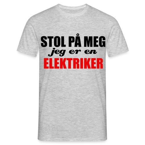 STOL PÅ EN ELEKTRIKER - T-skjorte for menn