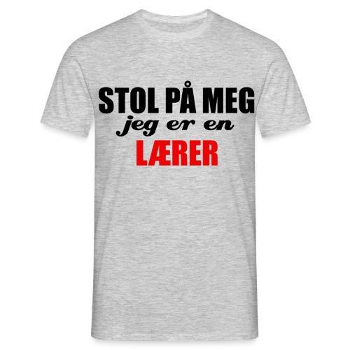 STOL PÅ EN LÆRER - T-skjorte for menn