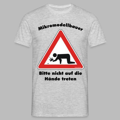 Mikromodell Warnschild Hände - Männer T-Shirt