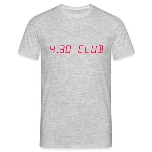 4 30 CLUB LOGO png - Männer T-Shirt