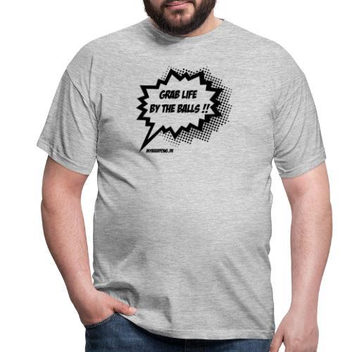 Das Leben an den Eiern packen MBP Logo - Männer T-Shirt