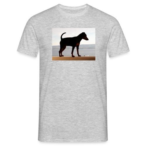 Zwergpinscher auf Reisen - Männer T-Shirt