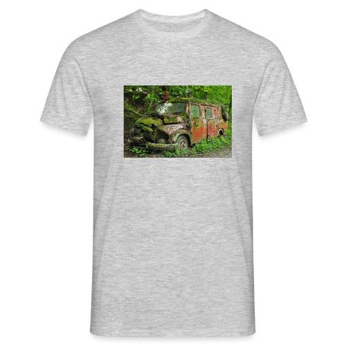 Old firetruck - Männer T-Shirt