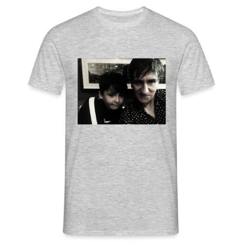 hoodies - Men's T-Shirt