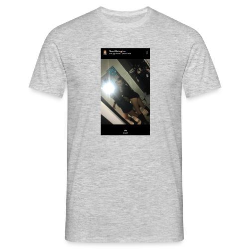 FA8A815A 1B14 4B9A 9488 5431DD558435 - Men's T-Shirt