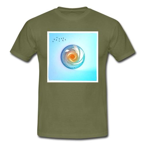 Fly Free - Men's T-Shirt