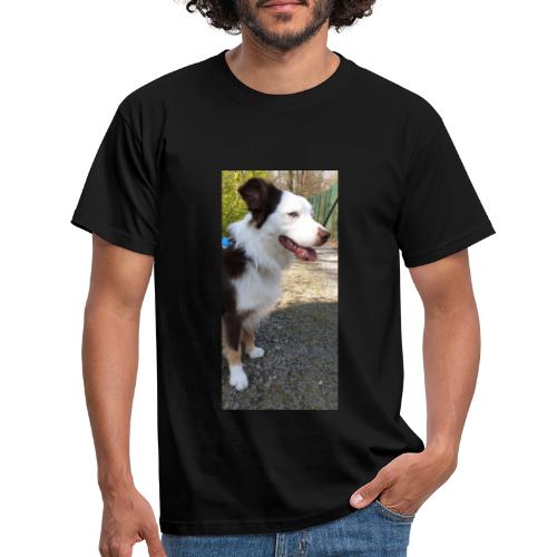 Der Hundi guckt... - Männer T-Shirt
