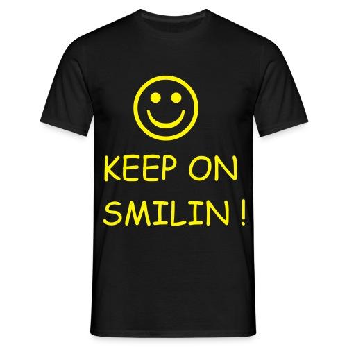 smilin1 - Männer T-Shirt