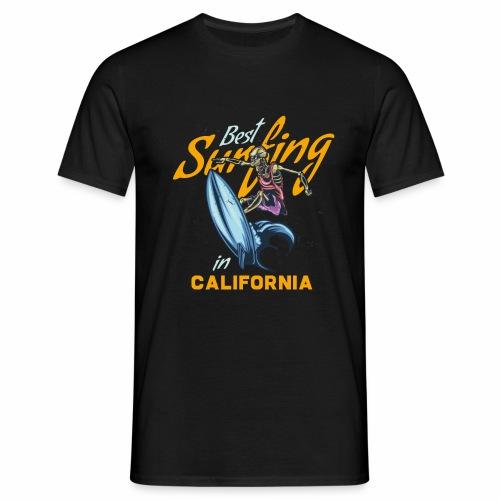 Surfing in California - Männer T-Shirt