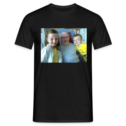 Me Papa Lewis - Men's T-Shirt