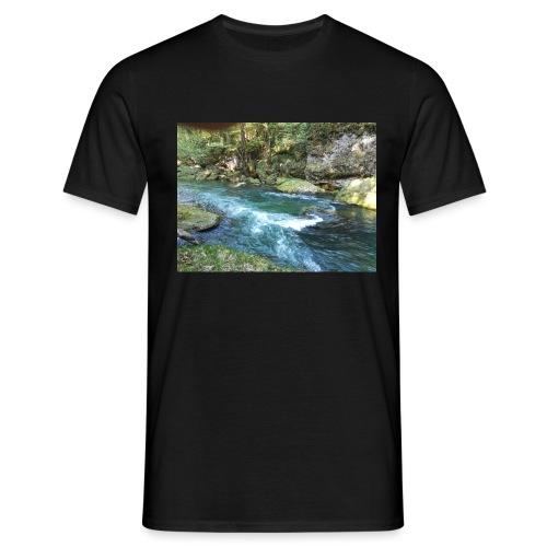 Magischer bach - Männer T-Shirt