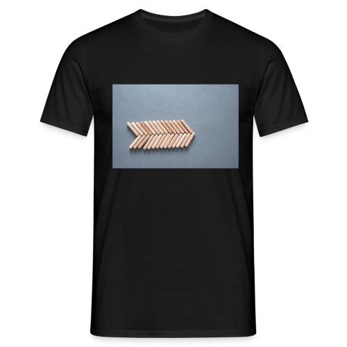 Holzdübel als Gräte - Männer T-Shirt