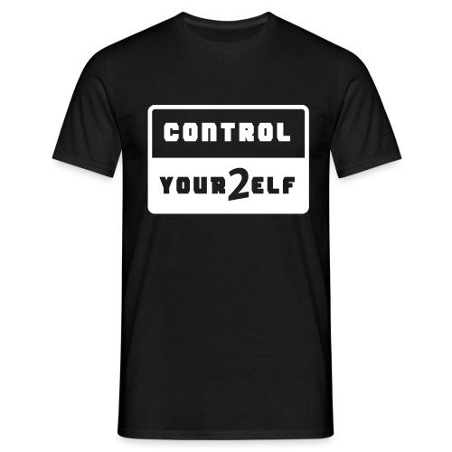 Control yourself weiß - Männer T-Shirt