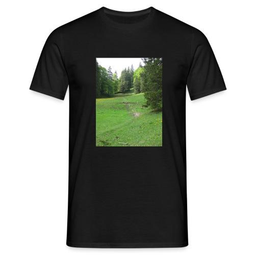 Grüne Landschaft - Männer T-Shirt