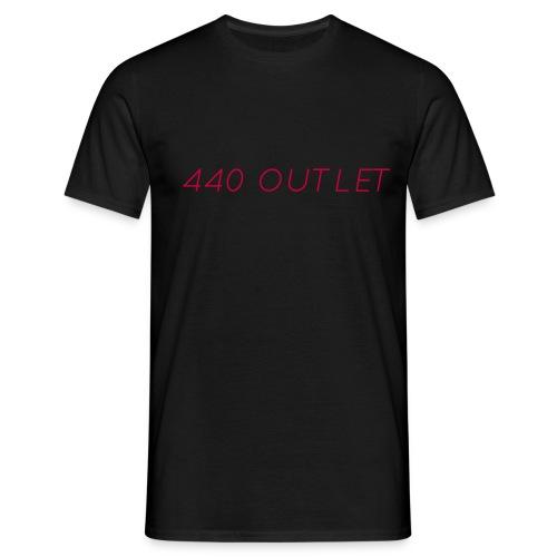 440red png - Men's T-Shirt