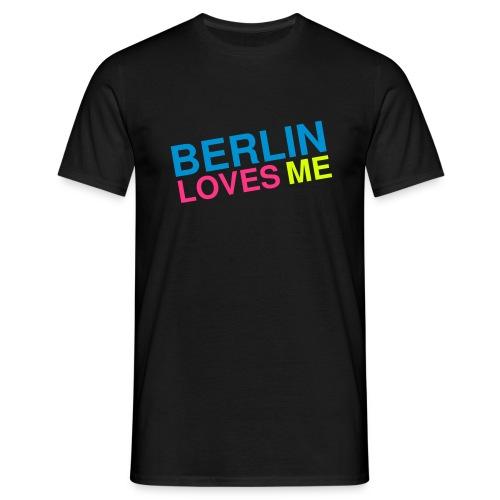 Berlin loves me - Männer T-Shirt