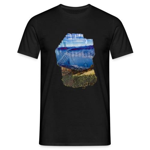 Turm und schöne Landschaft - Männer T-Shirt