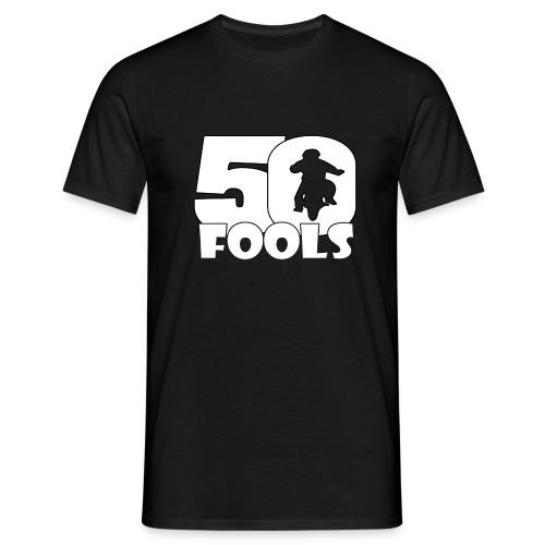 50FOOLSLOGOSPREADSHIRT png - Mannen T-shirt
