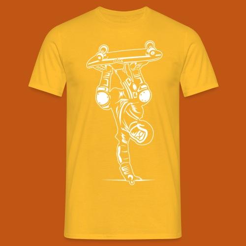 Skater / Skateboarder 02_weiß - Männer T-Shirt