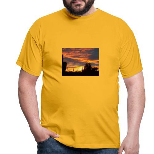Tramonto rosso - Maglietta da uomo