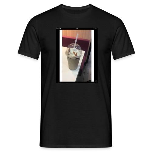 AFFCF5C5 02E1 4145 B49C 531FE6DA7153 - Men's T-Shirt