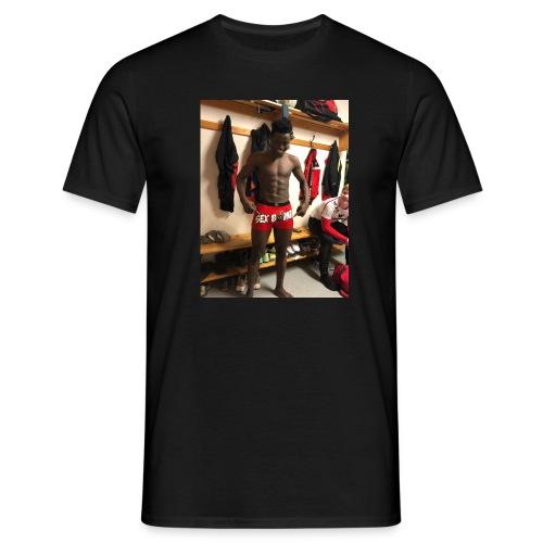 2C64681C 20D2 4113 AF93 7179C711AACC - Männer T-Shirt