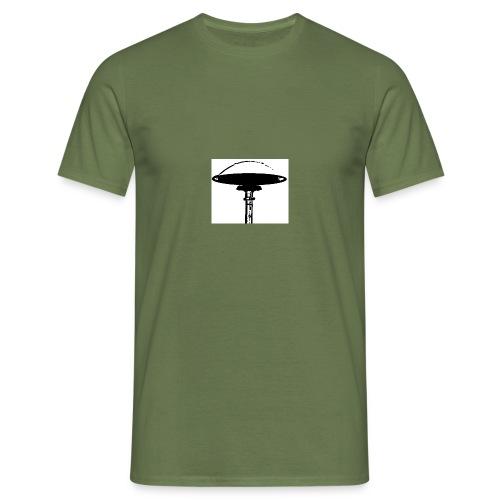e57d - Männer T-Shirt