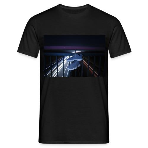 Sneakerart - Männer T-Shirt