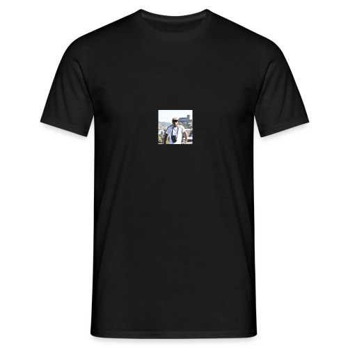 KIshanth - Männer T-Shirt