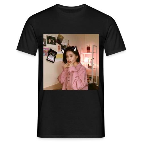 Skies - Men's T-Shirt