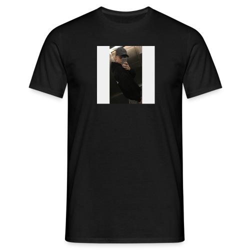 BA80C209 16A1 4922 A413 3AC27CF6680E - Männer T-Shirt