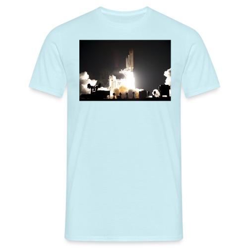 sts130 launch l - Männer T-Shirt