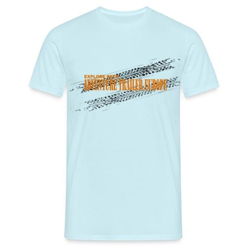 ADVENTURE TRAILER ON TRACK - Mannen T-shirt