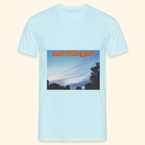 Q4ER - Men's T-Shirt