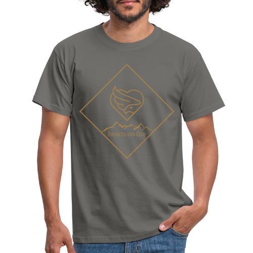 hearts on fire Gipfel - Männer T-Shirt