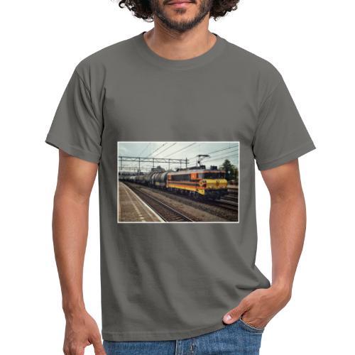 Goederentrein in Woerden - Mannen T-shirt