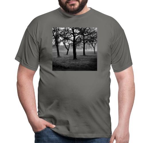Nebelbäume - Männer T-Shirt