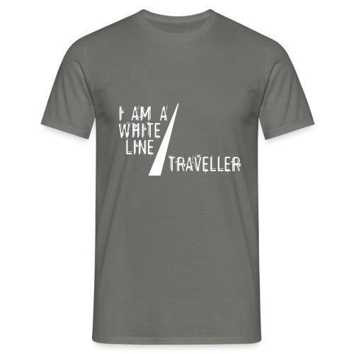 i am a white line traveller - Mannen T-shirt