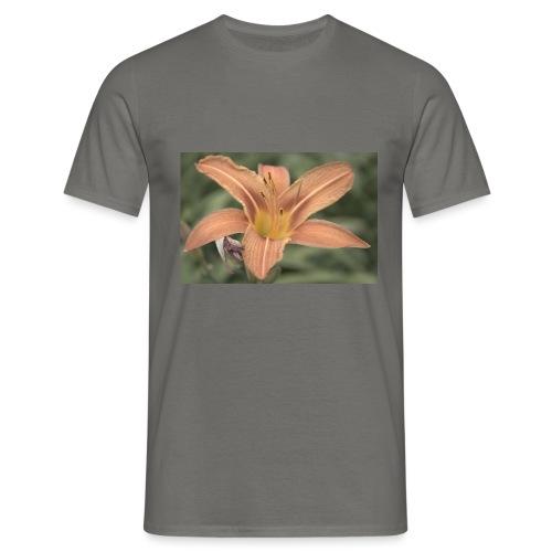 bluete - Männer T-Shirt