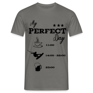 my perfect day wake - Männer T-Shirt