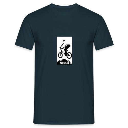 SE84 - Men's T-Shirt
