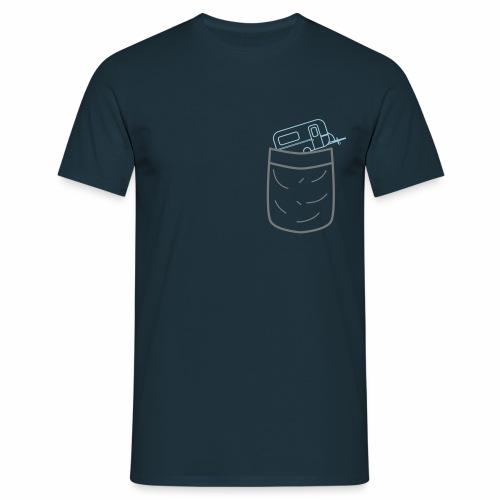 Brusttasche Camping / Caravan - Männer T-Shirt
