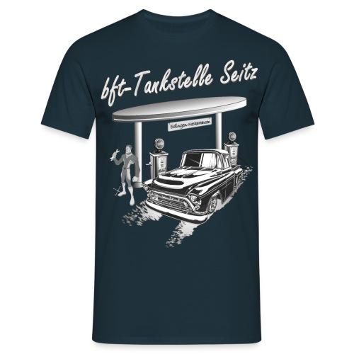 bft Tankstelle - Männer T-Shirt