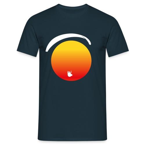 Paragleiter im Sonnenuntergang - Männer T-Shirt
