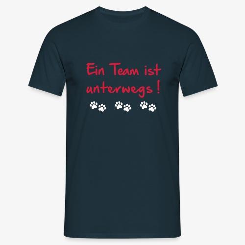 Team ist unterwegs - Männer T-Shirt
