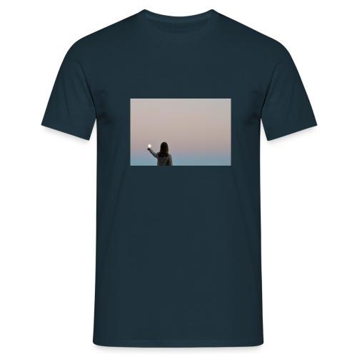 MOON - Miesten t-paita