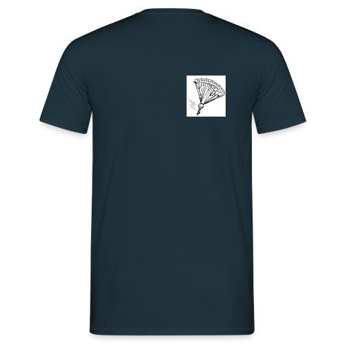Fallschirmspringer am Fallschirm - Männer T-Shirt