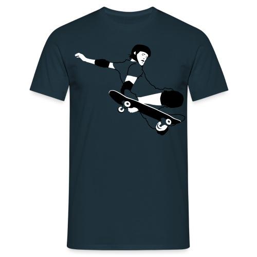 Skateboarder Trick im Sprung - Männer T-Shirt
