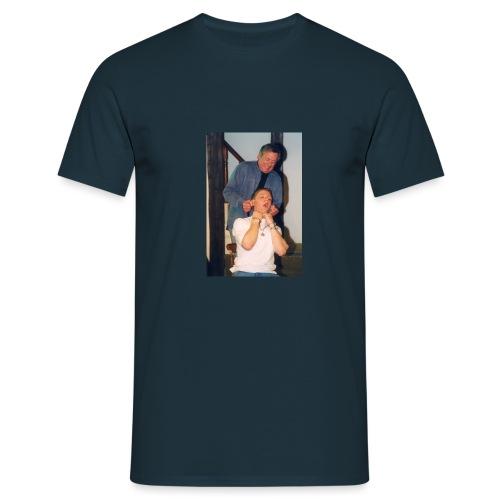 o85711 - Men's T-Shirt