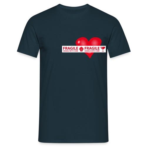 Var rädd om hjärtat - FRAGILE - HANDLE WITH CARE - T-shirt herr